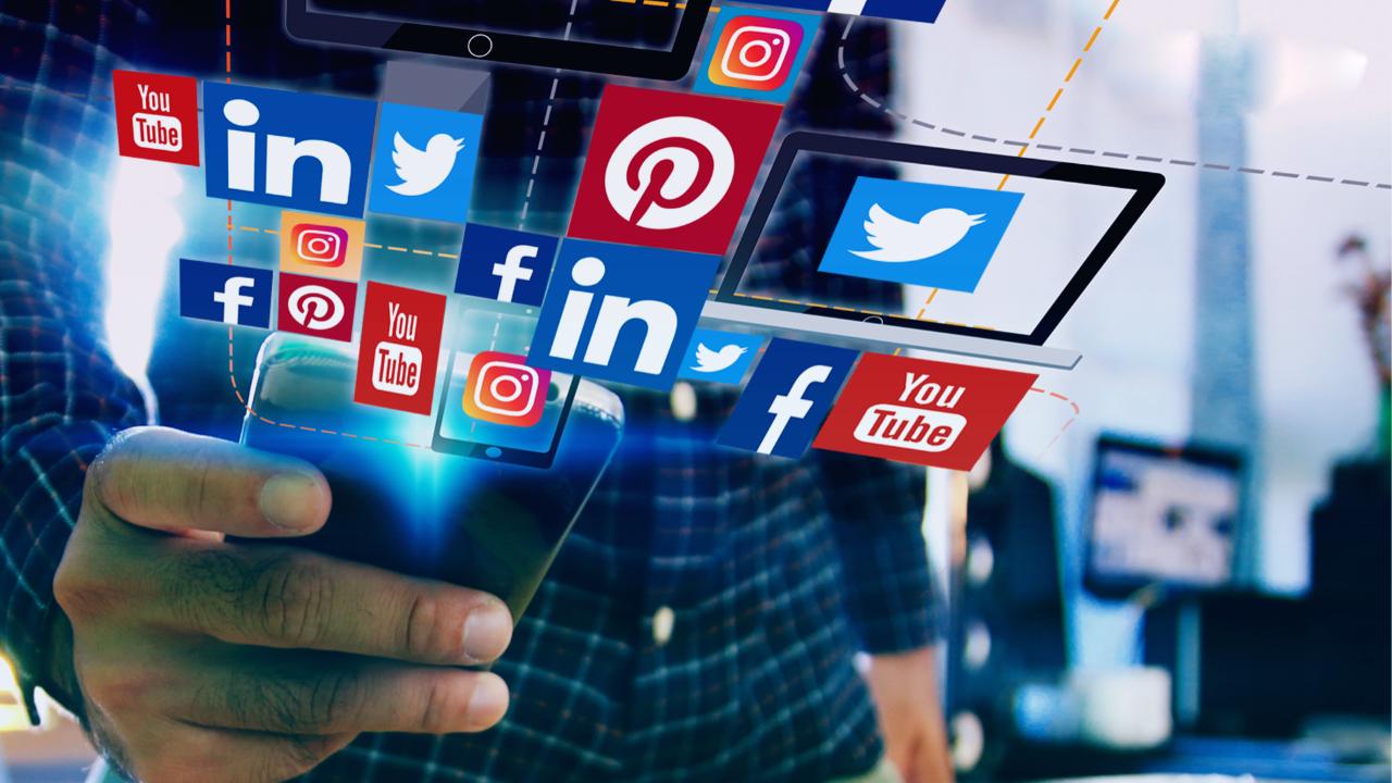 AKP'den yeni sosyal medya düzenlemesi! 'Dezenformasyon' yapana hapis cezası
