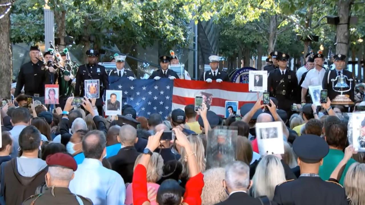 New York'ta 11 Eylül saldırılarının yıl dönümünde anma töreni başladı