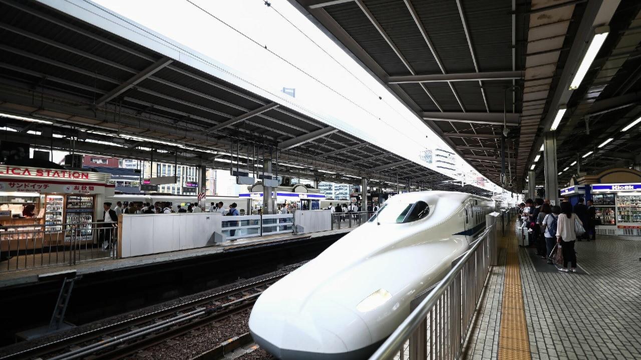 Japonya'da tren isyasyonunda patlama sesi: Seferler durduruldu!