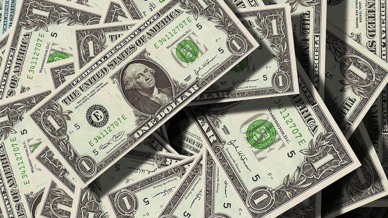 Dolar 9,10 ile tarihi rekorda: 13 Ekim Dolar ve Euro fiyatları: 13 Ekim (Bugün) Dolar ve Euro ne kadar oldu?