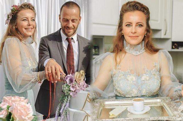 Vildan Atasever nişanlandı!